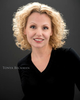 139_Tonya, color, print, name